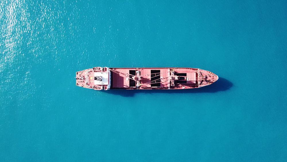 Fletamento de barcos, modalidad de contrato en el transporte para carga a granel