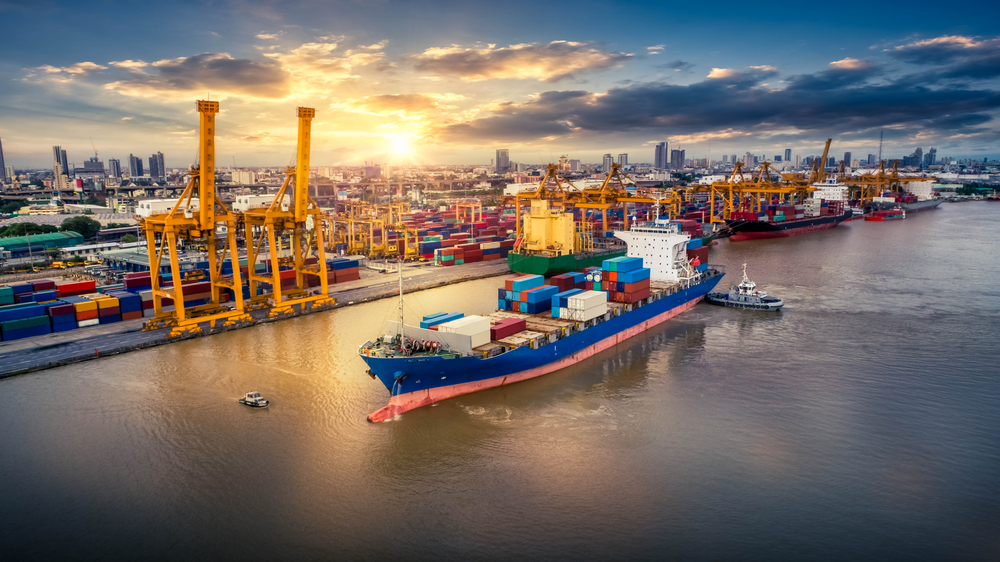 Impacto del COVID-19 en las tarifas y la operación del transporte global.